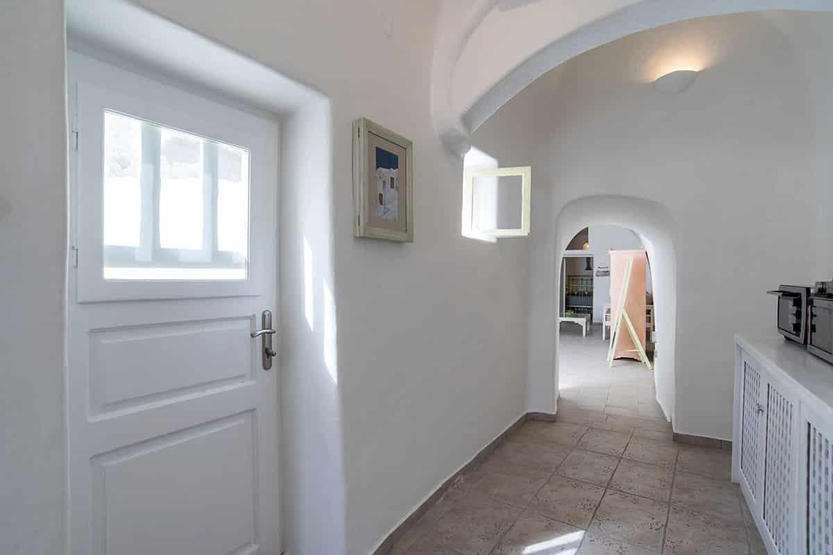 Santorini Hideaway Cave House | Kitchen