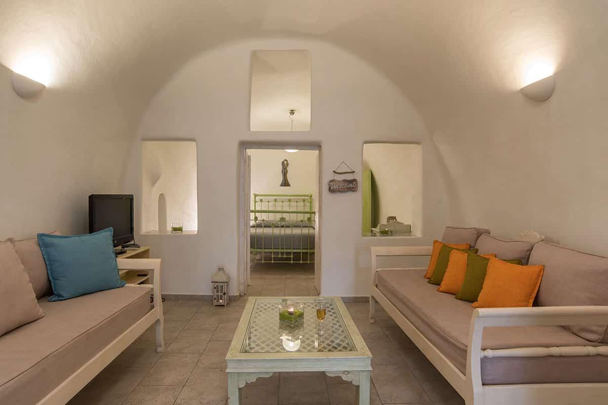 Santorini Hideaway Cave House | Living room