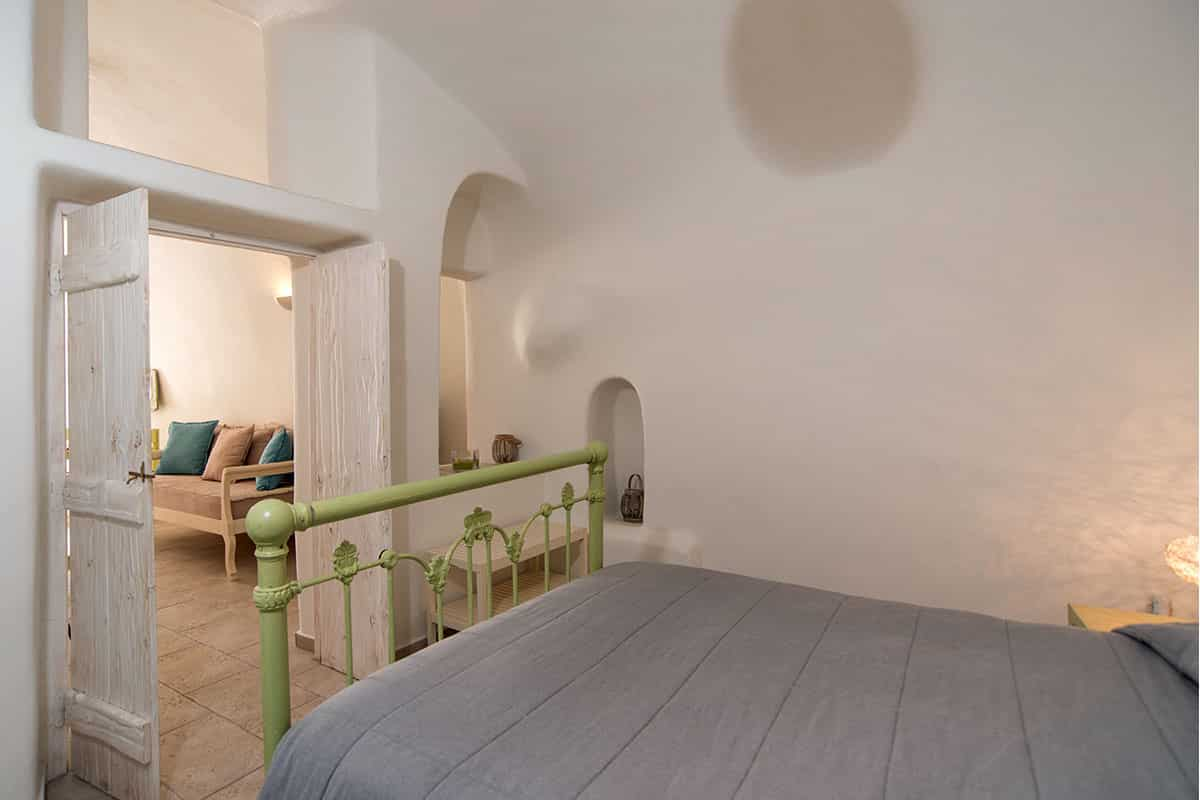 Santorini Hideaway Cave House | Bedroom | Blue Dolphins Santorini Island
