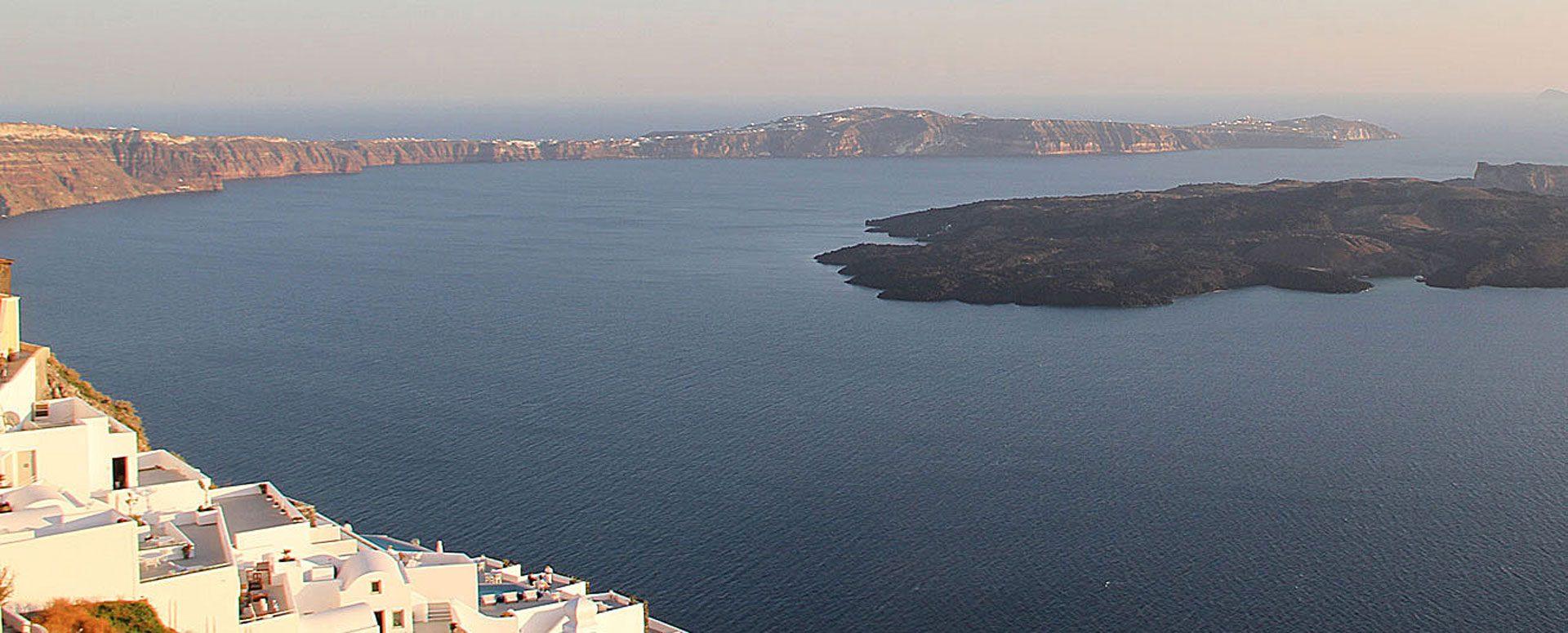 Santorini Apartments | Panoramic view to Caldera