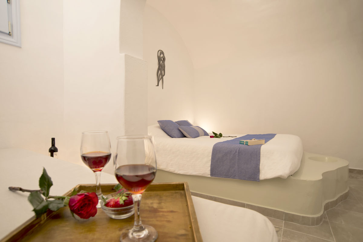 Honeymoon Suite with jacuzzi in Santorini - Apartmant