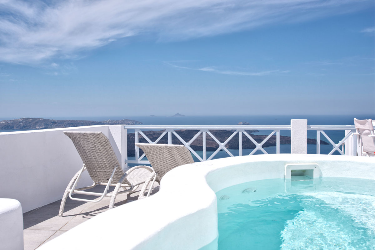 Honeymoon Suite with jacuzzi in Santorini - Pool