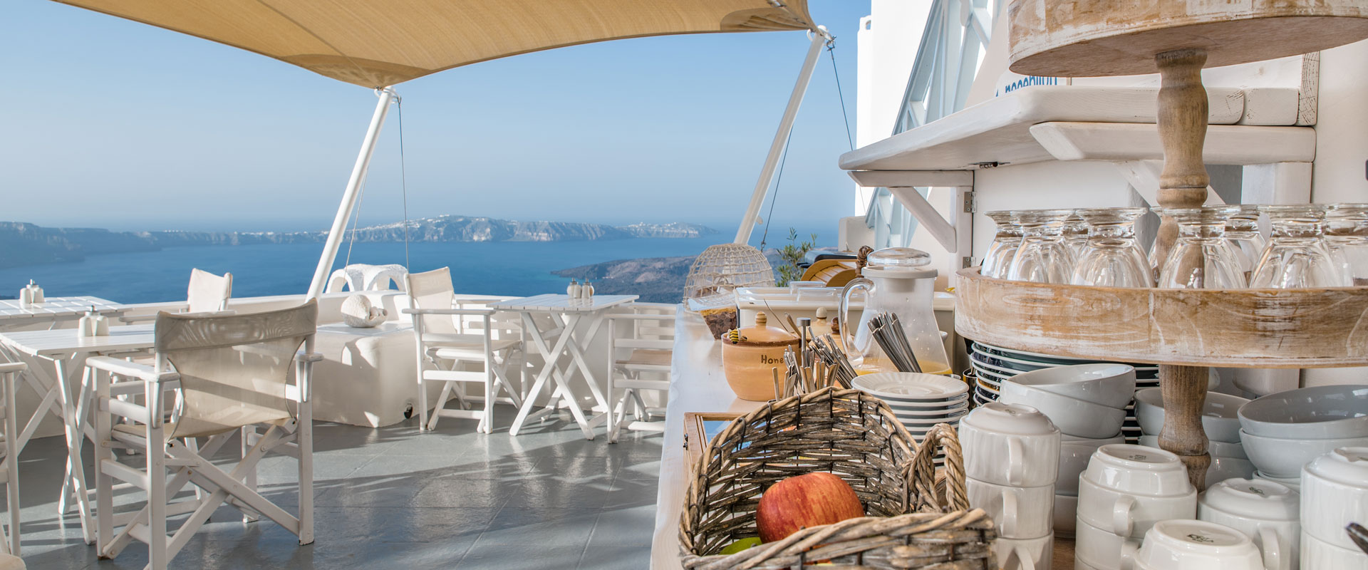 Santorini Apartments & Suites   Veranda to Caldera