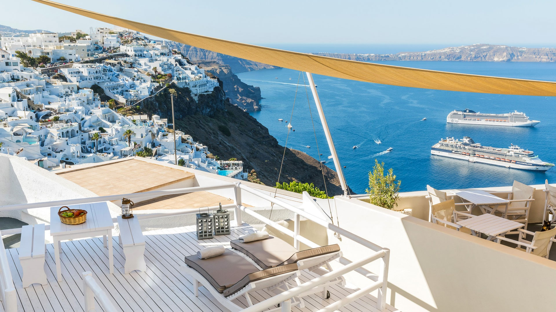 panoramic view santorini apartments and suites bluedolphins