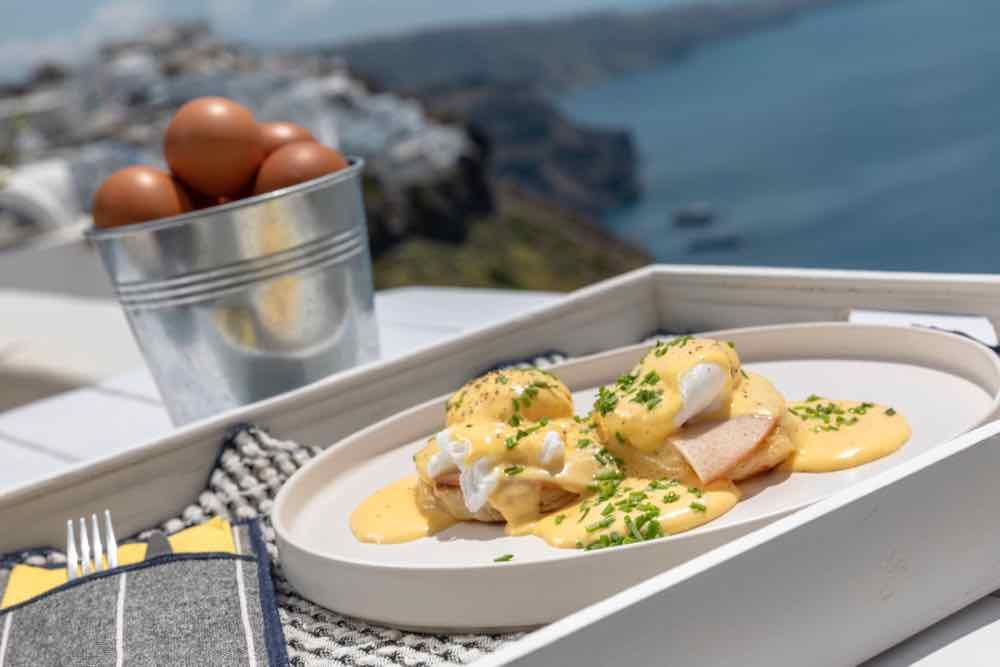 breakfast santorini bluedolphins04
