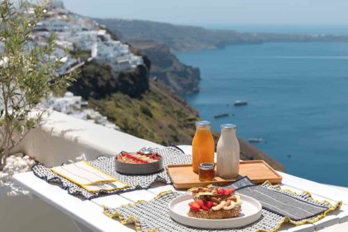 breakfast santorini bluedolphins08