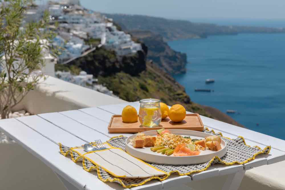 breakfast santorini bluedolphins10