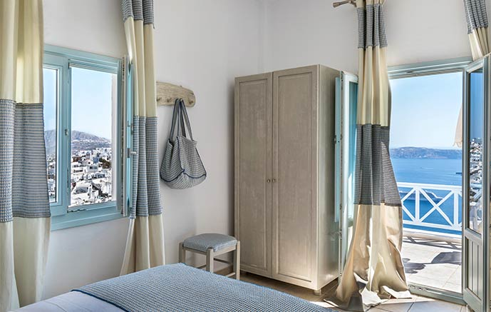 apartment with view santorini bluedolphins 1