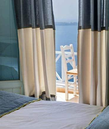 family suite bluedolphins santorini h