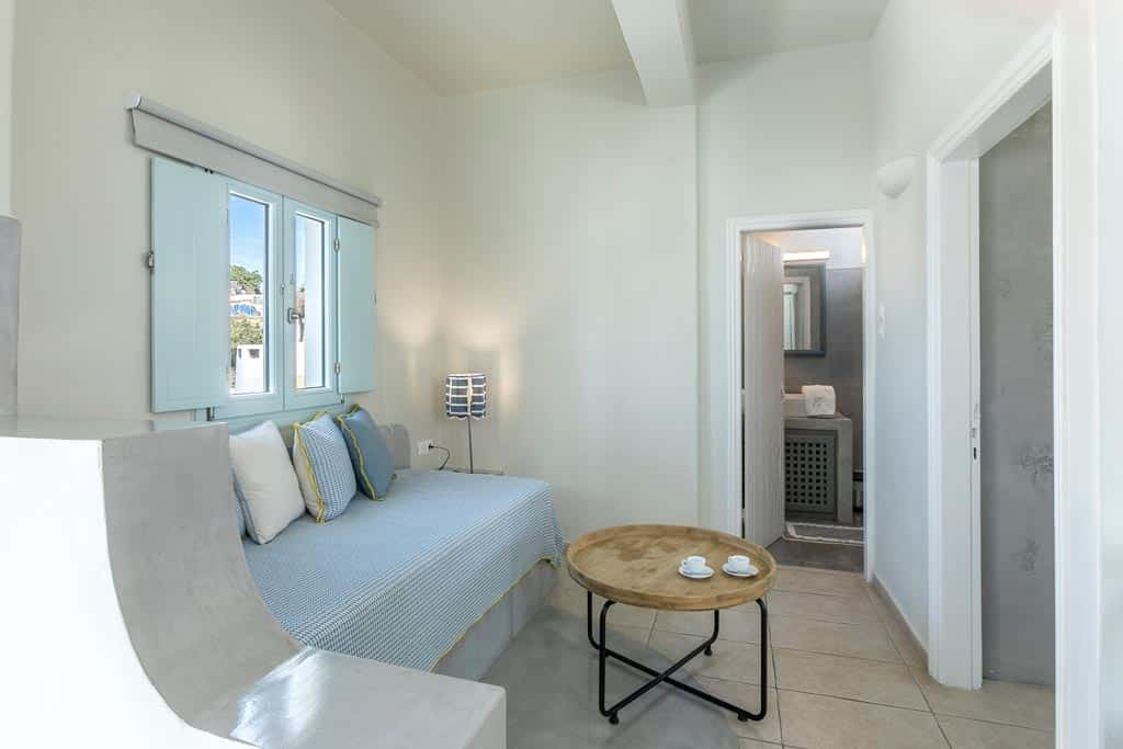 family suites with private balcony santorini bluedolpins 4