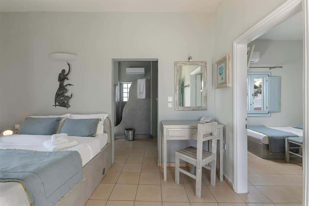family suites with private balcony santorini bluedolpins 7