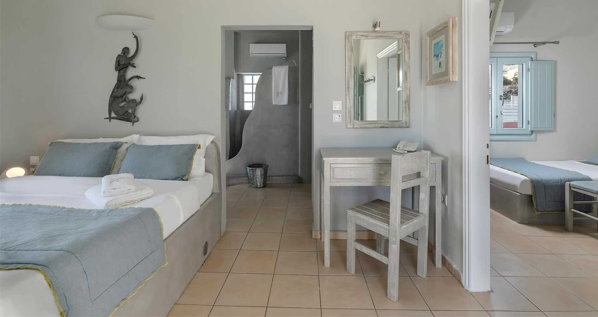 family suites with private balcony santorini bluedolpins s3
