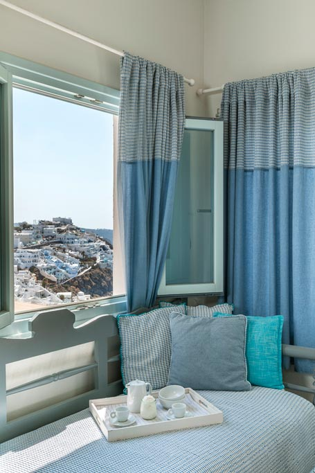 romantic suite with private balcony santorini bluedolphins 02