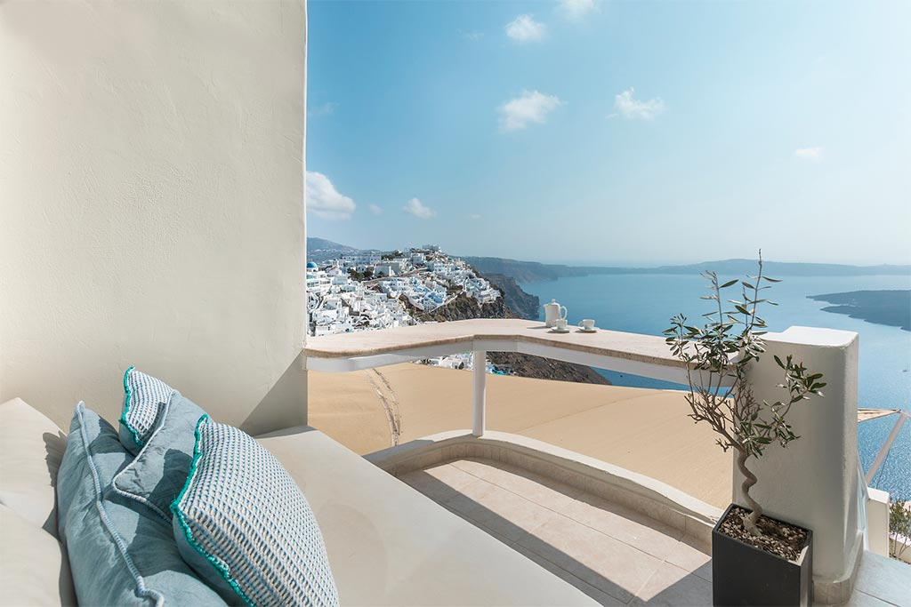 romantic suite with private balcony santorini bluedolphins 13