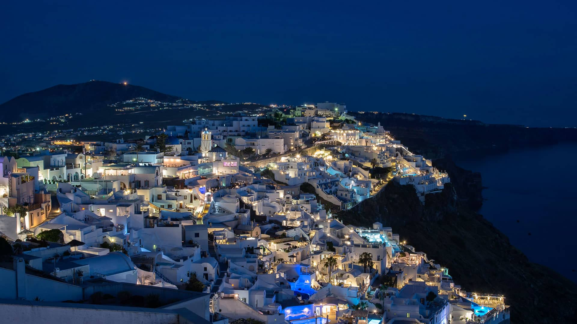 santorini by the night bluedolphins