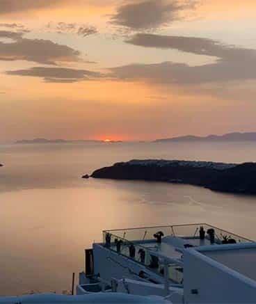sunset santorini bluedophins 2